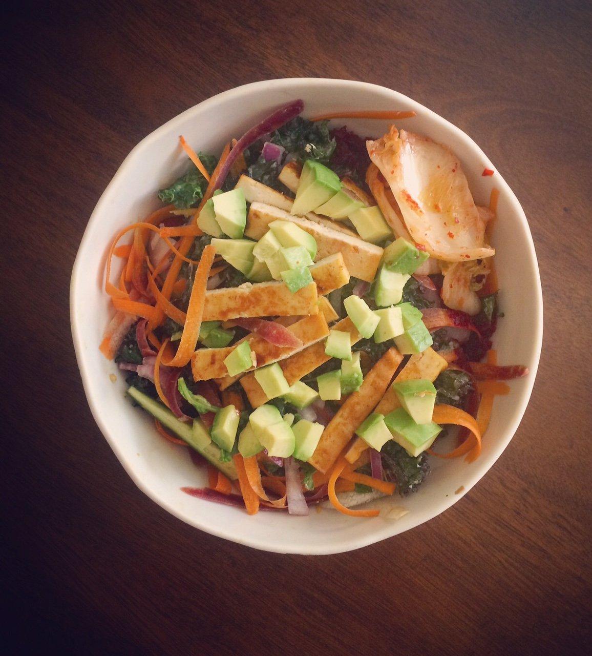 Bánh mì Kale Salad