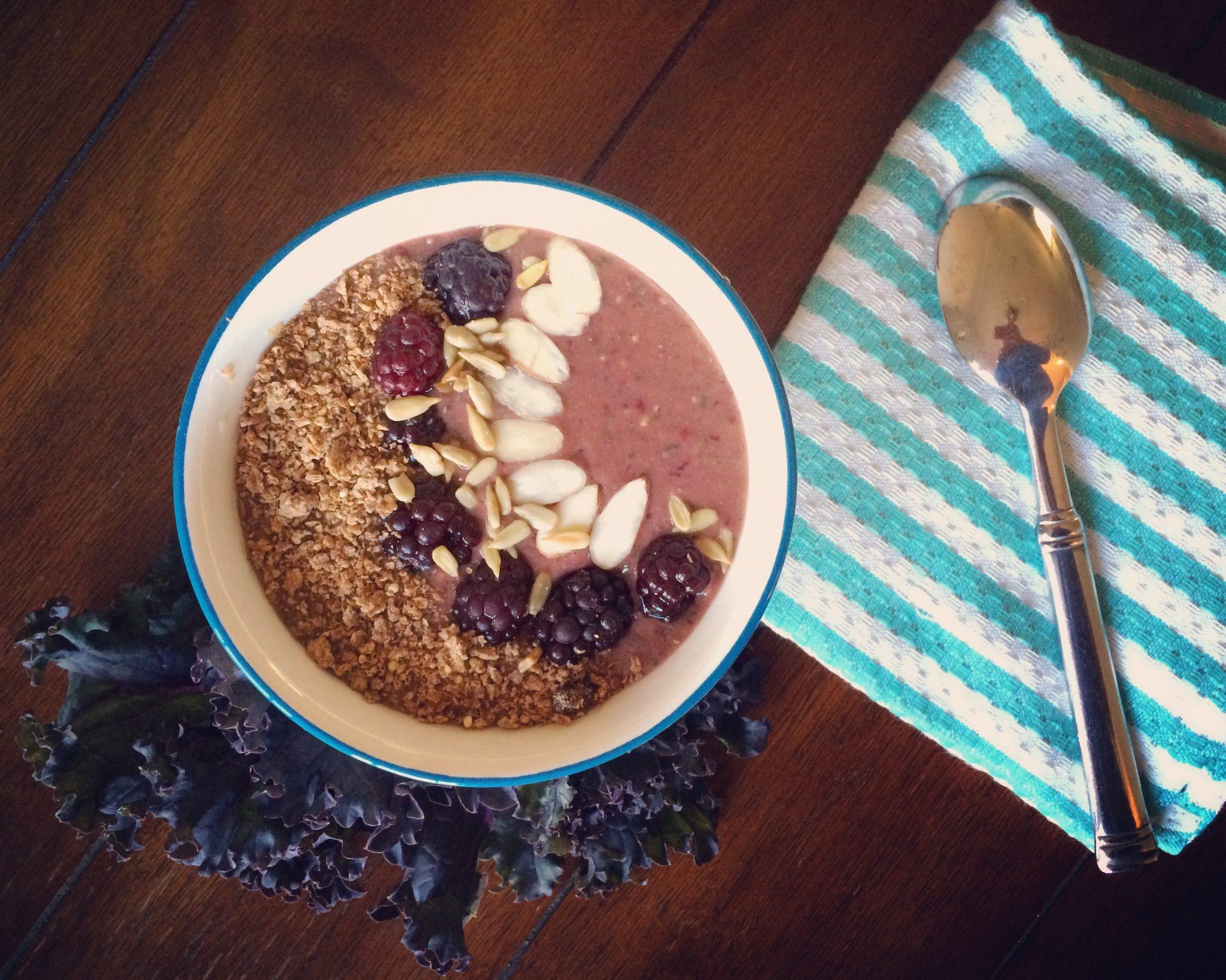 Blackberry Mango Smoothie Bowl