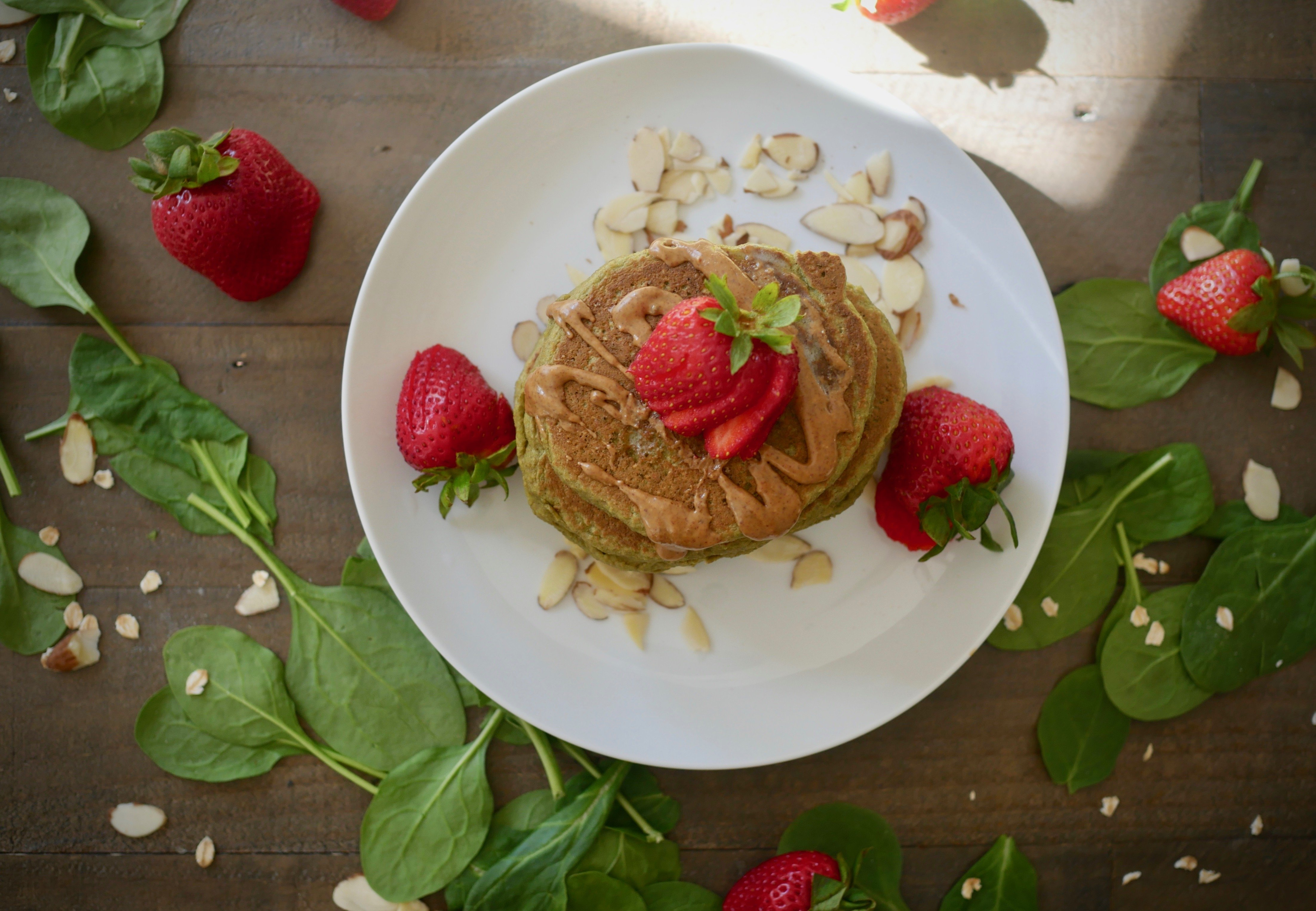 Foodie Friday: Spinach Oatmeal Protein Pancakes